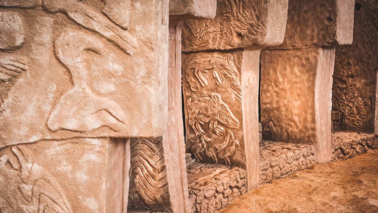 Göbeklitepe'nin megalitik yapıları
